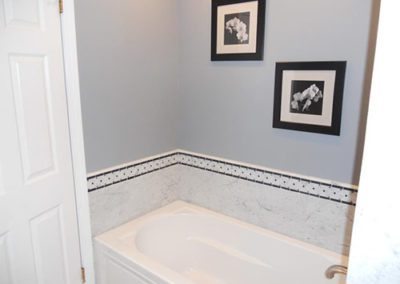 a bathroom with a new coat of paint